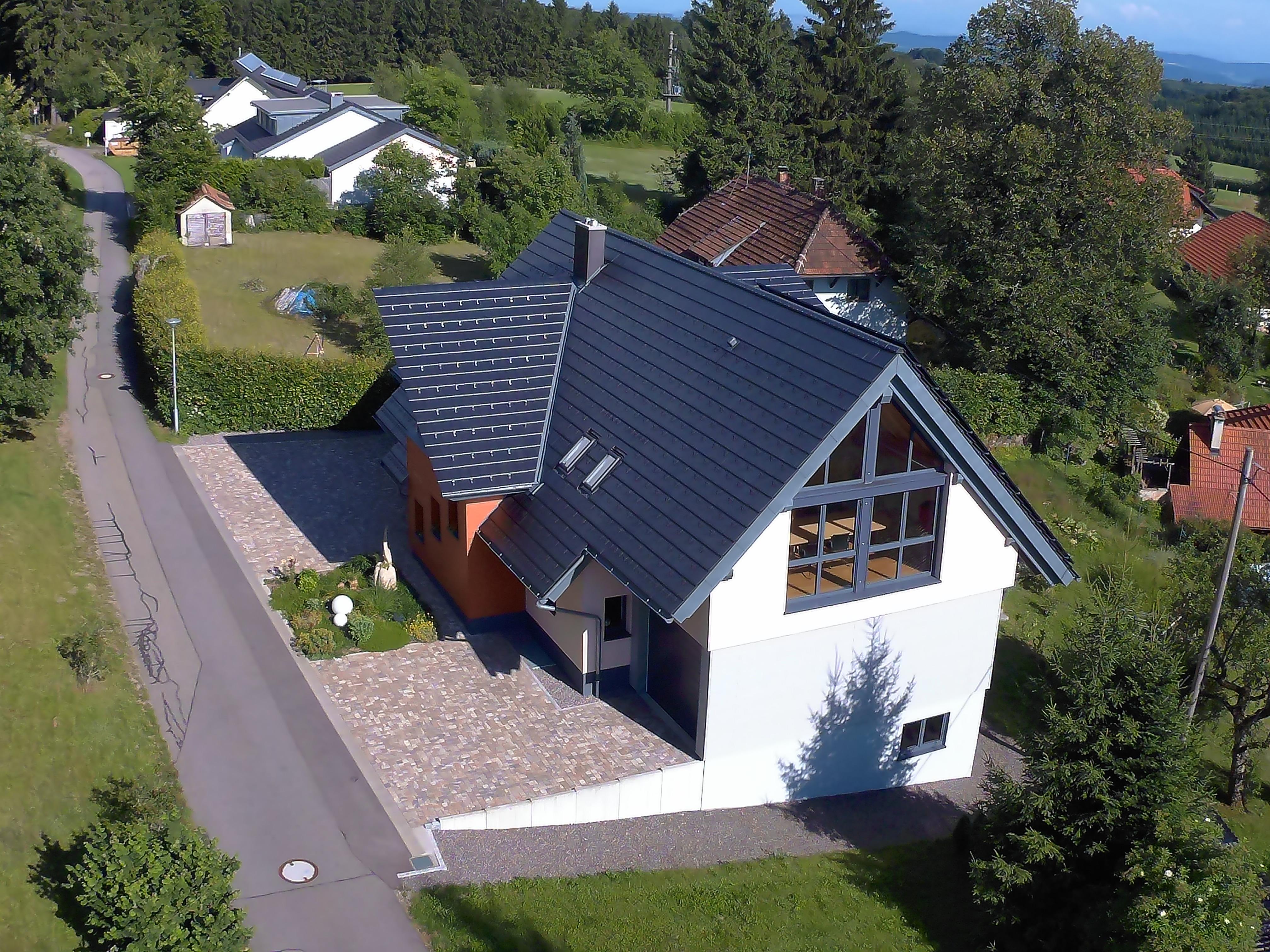 Fotoaufnahmen Luftaufnahmen eines Hauses